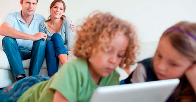 What is a parental control and what are the main advantages of applying it on MacOS?